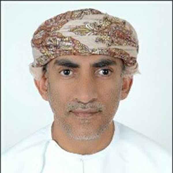 Dr Ismail Al Bulushi