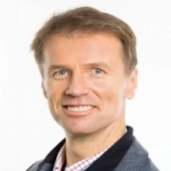 Dr. Zoltan Syposs
